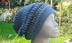 Mütze hellblau-grün