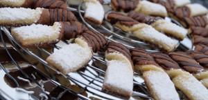 Weihnachtsbäckerei °Schwarz-Weiß-Schleifen