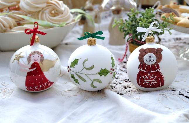 Tischdekoration Weihnachten °Weihnachtskugel Engel, Stechpalme & Bär