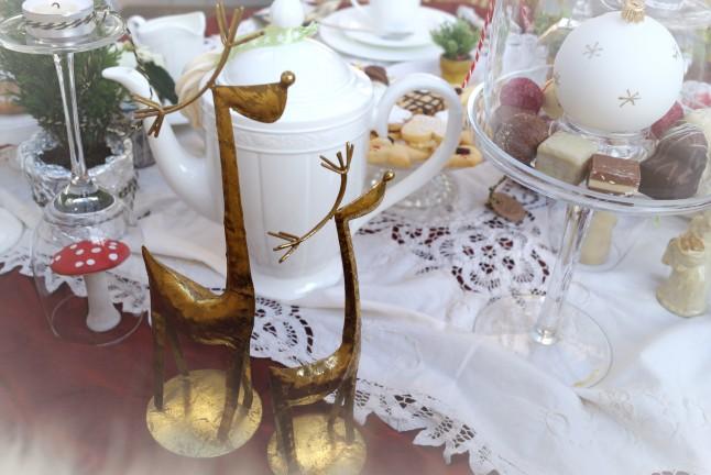 Tischdekoration Weihnachten °Hirsche gold