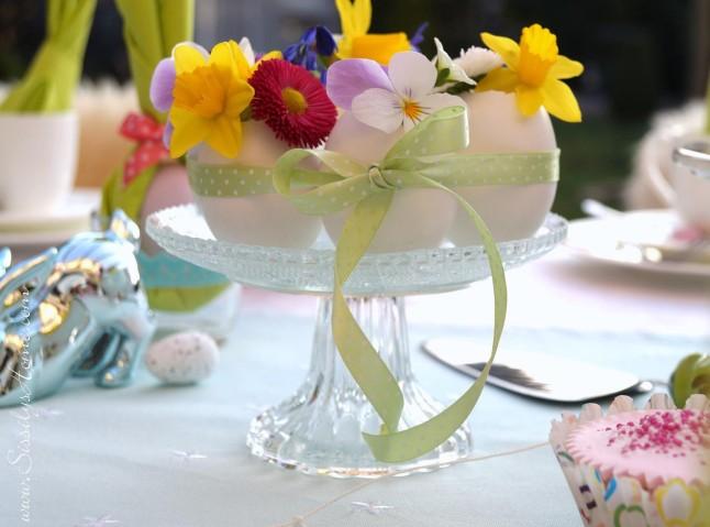 Ostertisch °Eierbkränzchen mit Frühlingsblumen