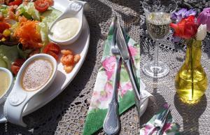Gemischter Salat mit Garnelen April 2016