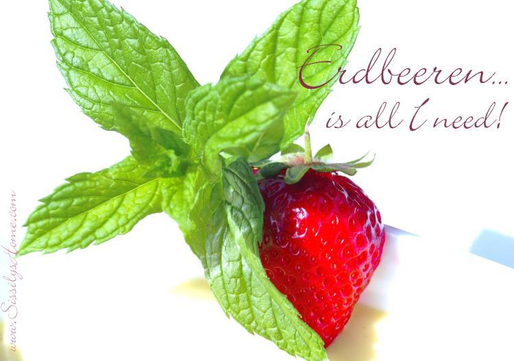 Erdbeere mit Minzblatt