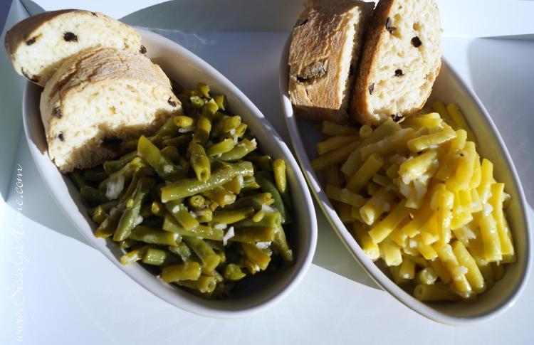 Bohnensalat, Essig-Öl-Vinaigrette & dazu Ciabatta mit schwarzen Oliven