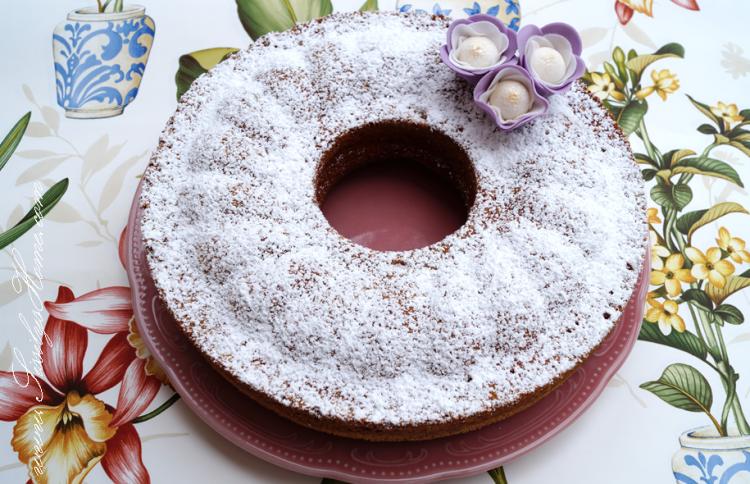 Vanille-Sandkuchen mit Saure Sahne