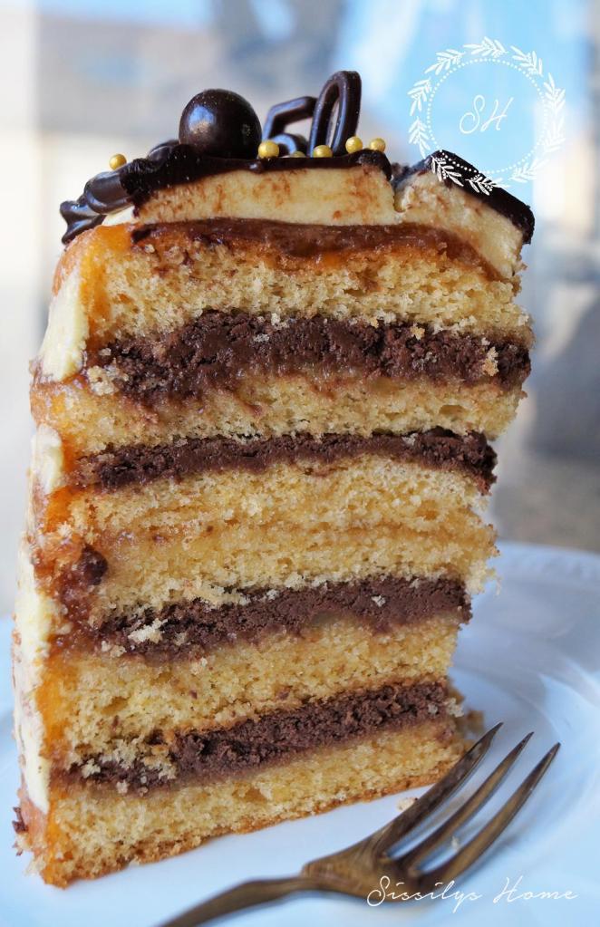 layer-cake-nougart-orange-auf-zitronenspiegel-hochformat
